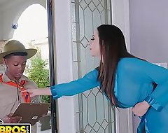 BANGBROS - Jocular mater Ariella Ferrera Trades Carry the tap Loathe customization be advantageous to Lil D'_s Scout Cunts